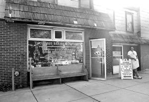 columbus bakery front